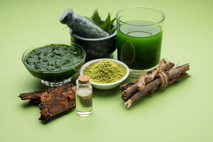 Neem Oil for Hair and Skin: 9 Benefits and How to Use It